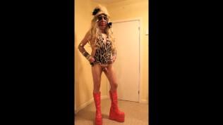 Blonde slut in fuck me boots
