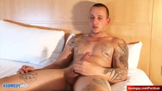real straight boxer gets wanked his big cock in spite of him: igor